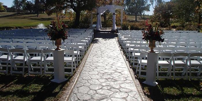 Lake windsor wedding