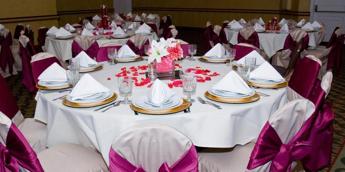 Crowne Plaza Kansas City - Overland Park wedding venue picture 7 of 8 - Photo by: Four Seasons Photography