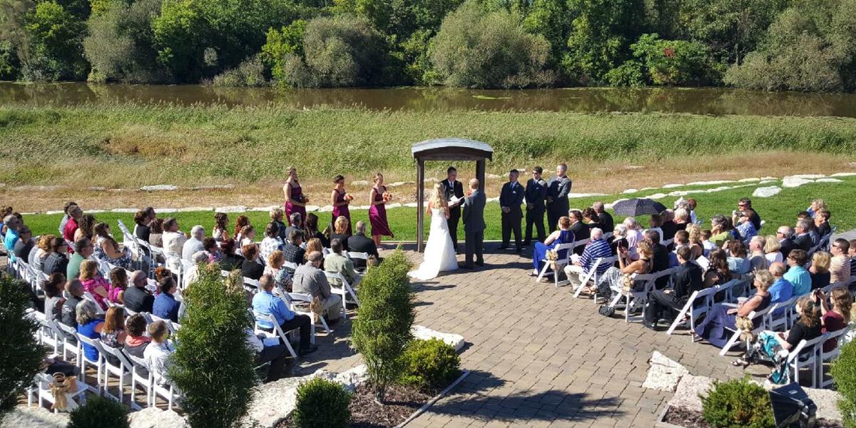 Olde 41 Weddings | Get Prices for Wedding Venues in Green ...