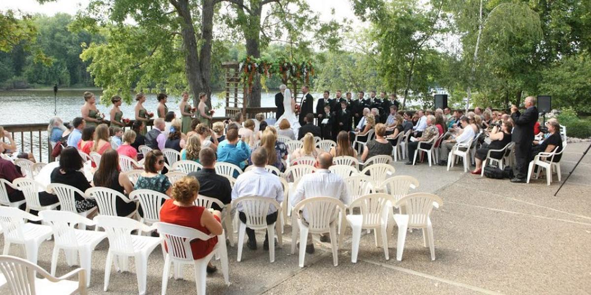 Wedding venues in eau claire wi for Wedding dresses la crosse wi