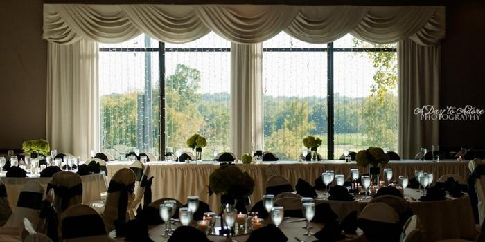 St. Andrews Golf Club wedding venue picture 8 of 16 - Photo by: A Day to Adore Photography
