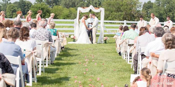 Lakeside Occasions wedding venue picture 5 of 8 - Photo by: Grace Pulver Photography