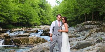 Above the Mist Weddings Riverside Venue weddings in Gatlinburg TN