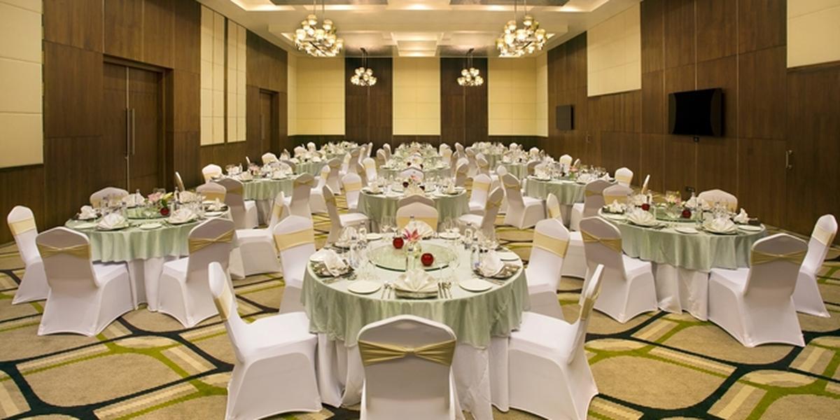 Hilton Garden Inn Seattle Bothell Weddings