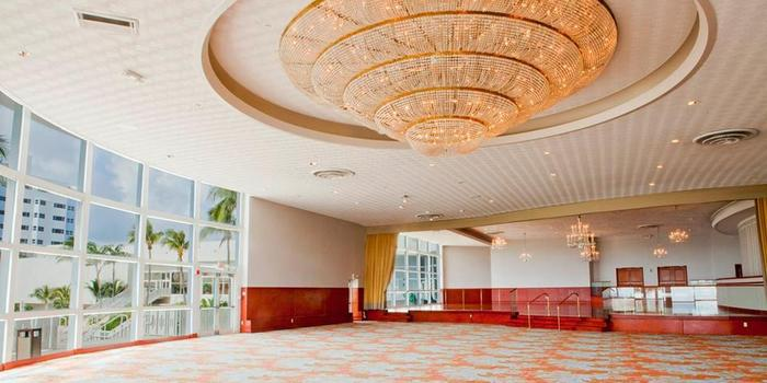 Deauville Beach Resort Weddings Get Prices For Wedding Venues In Fl