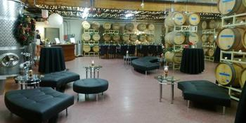 Covington Cellars Weddings in Woodinville WA