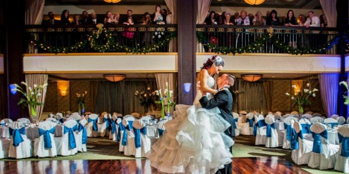 Collingswood Grand Ballroom wedding venue picture 15 of 16 - Photo by: Untouchable Entertainment Photography
