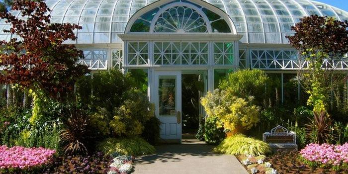 Volunteer Park Conservatory Wedding Venue Picture 2 Of 3 Provided By