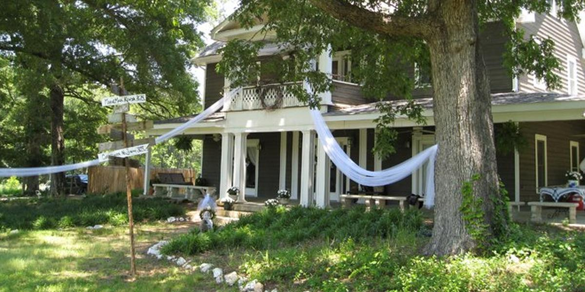Raleigh Nc Outdoor Wedding Venue: The Inn At Celebrity Dairy Weddings