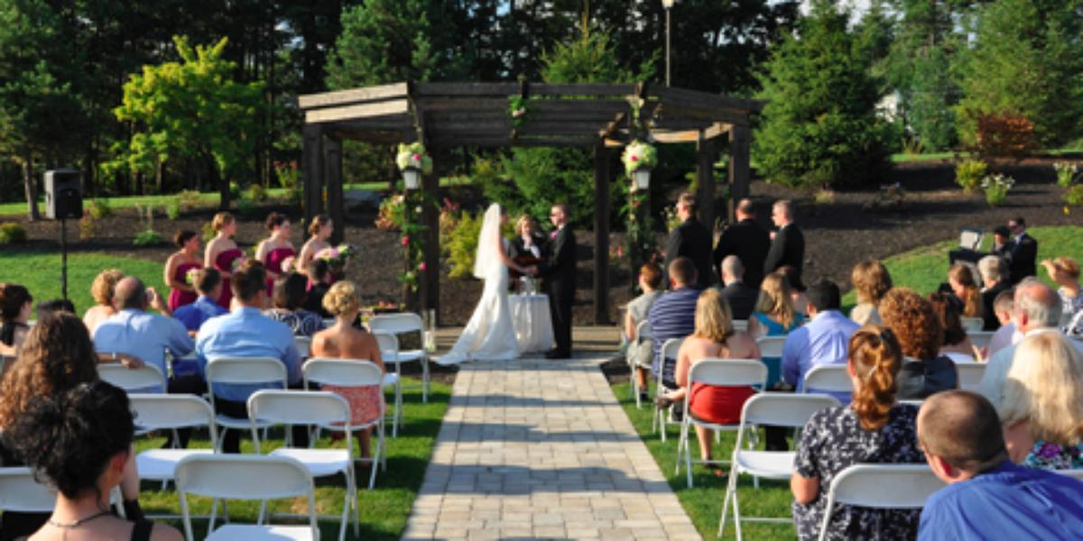 The Colonial Hotel Weddings