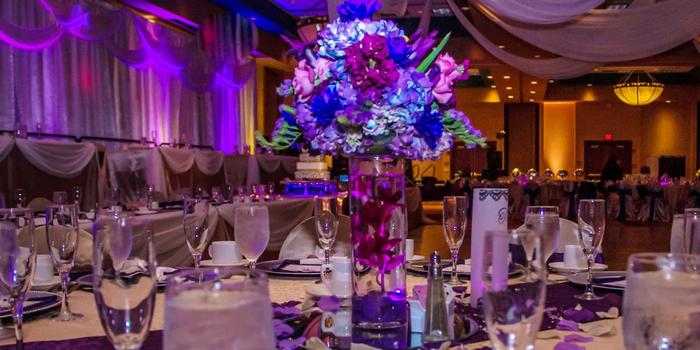 Embassy Suites Albuquerque Weddings Get Prices For Wedding Venues