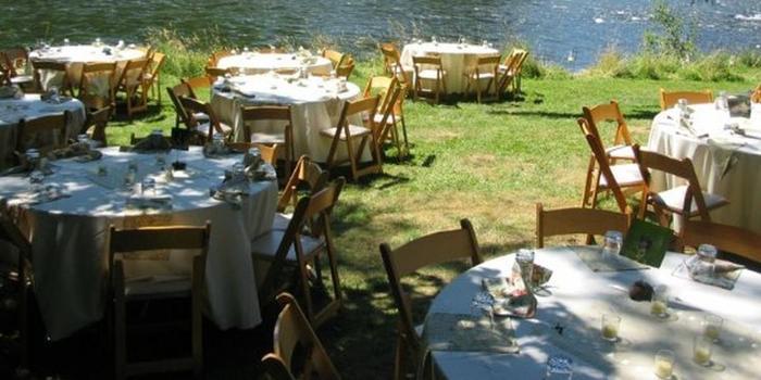 McKenzie River Inn wedding Willamette Valley