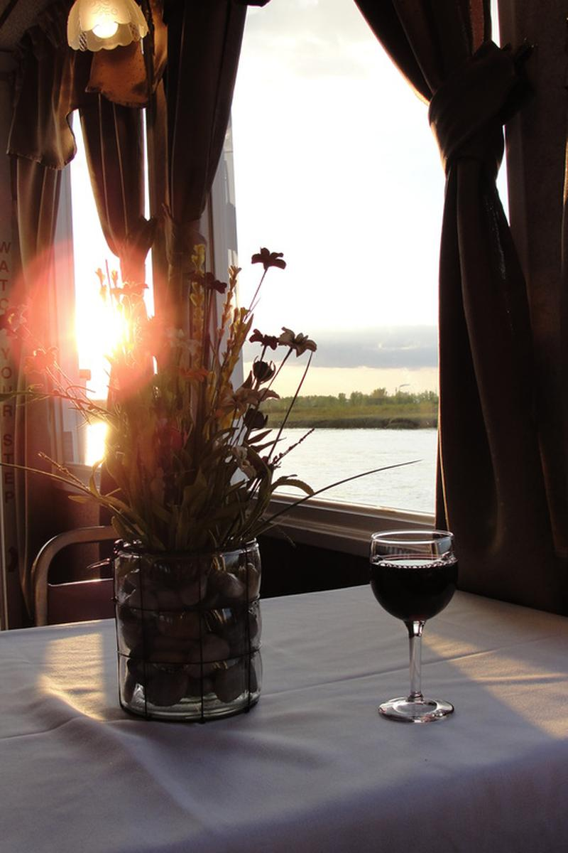 Lewis and Clark Riverboat wedding venue picture 6 of 6 - Provided by: Lewis and Clark Riverboat