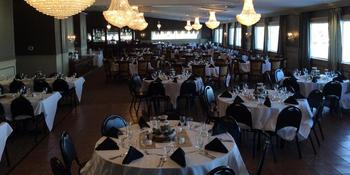 Kestrel Ridge Golf Club weddings in Columbus WI