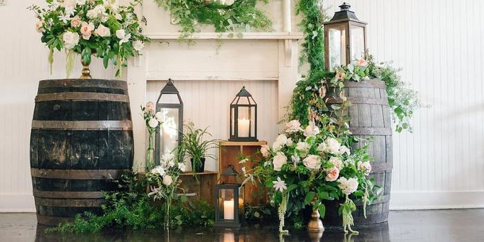Balinese Ballroom wedding venue picture 3 of 8 - Photo by: Lindsey Lissau Photography