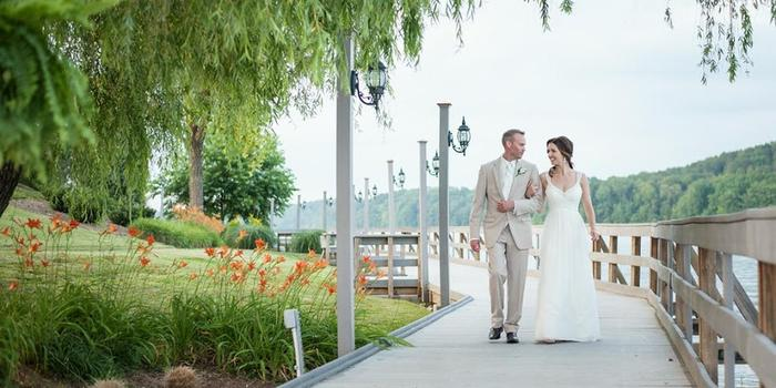 Tellico Village Yacht Club wedding venue picture 7 of 8 - Photo by: Shane Hawkins Photography