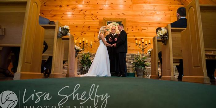 Little Log Wedding Chapel wedding venue picture 8 of 8 - Photo by: Lisa Shelby Photography