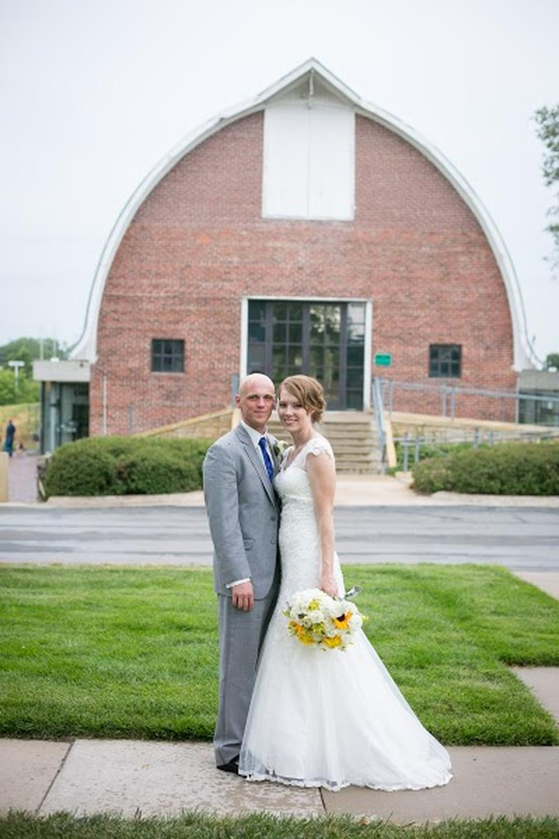 Thompson Barn wedding venue picture 5 of 9 - Photo by: Pond Photography