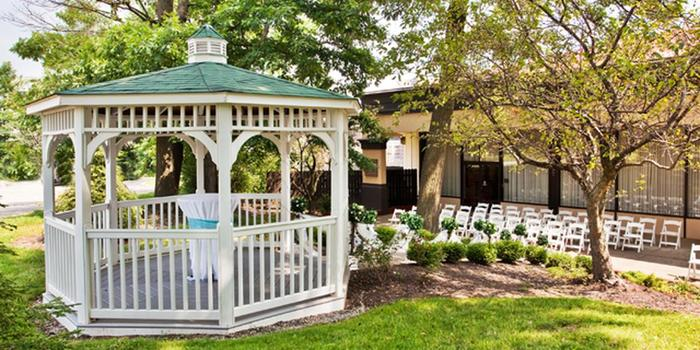 Crowne Plaza Cleveland South Independence Weddings