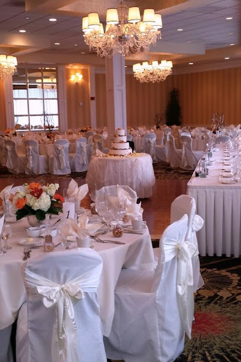 Crowne Plaza Cleveland South Independence Wedding Venue Picture 6 Of 9 Provided By