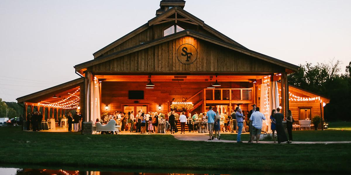 The Barn At Sycamore Farms Weddings