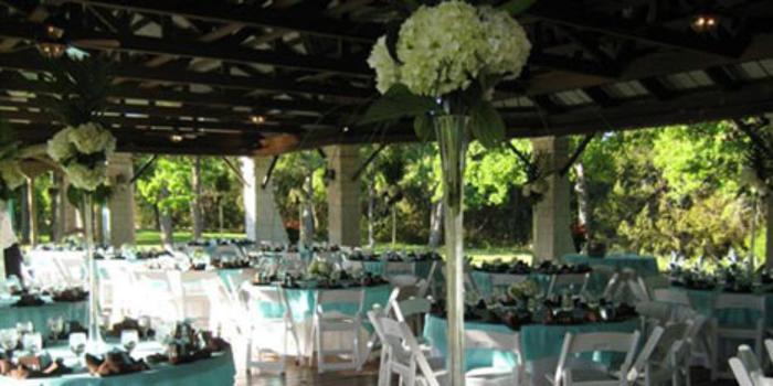Kindred Oaks Weddings