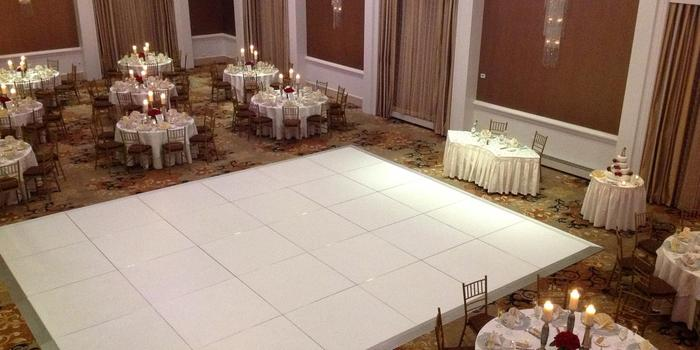 Hilton Philadelphia City Avenue wedding venue picture 3 of 16 - Provided by: Hilton Philadelphia City Avenue