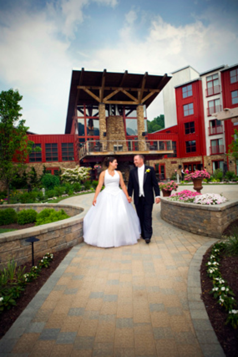 Bear Creek Mountain Resort wedding venue picture 2 of 16 - Photo by: Bear Creek Mountain Resort