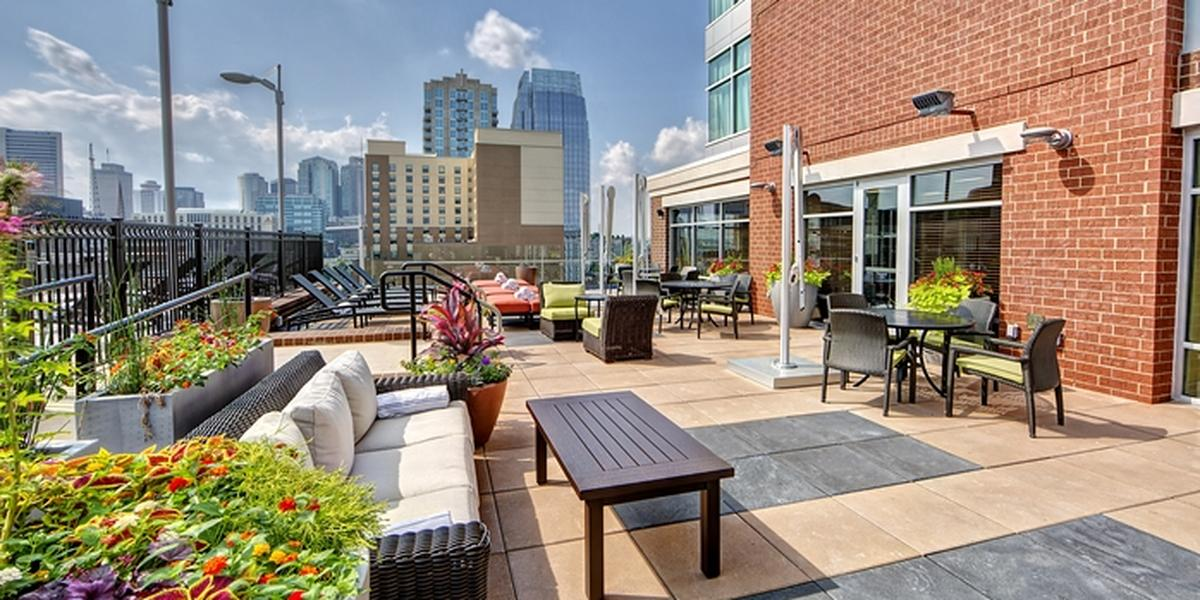 Hilton Garden Inn Nashville Downtown And Convention Center Weddings In Tn