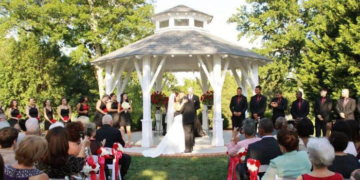Fauquier Springs Country Club wedding venue picture 1 of 15 - Provided by: Heather Meade Photography