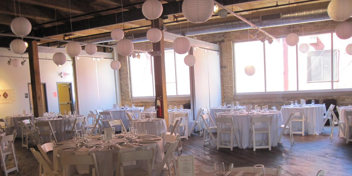 Redline Milwaukee Weddings Get Prices For Milwaukee