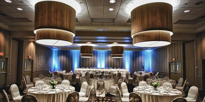 Holiday Inn South County Center Weddings Get Prices For Wedding