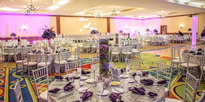 Newport News Marriott At City Center Weddings Get Prices For