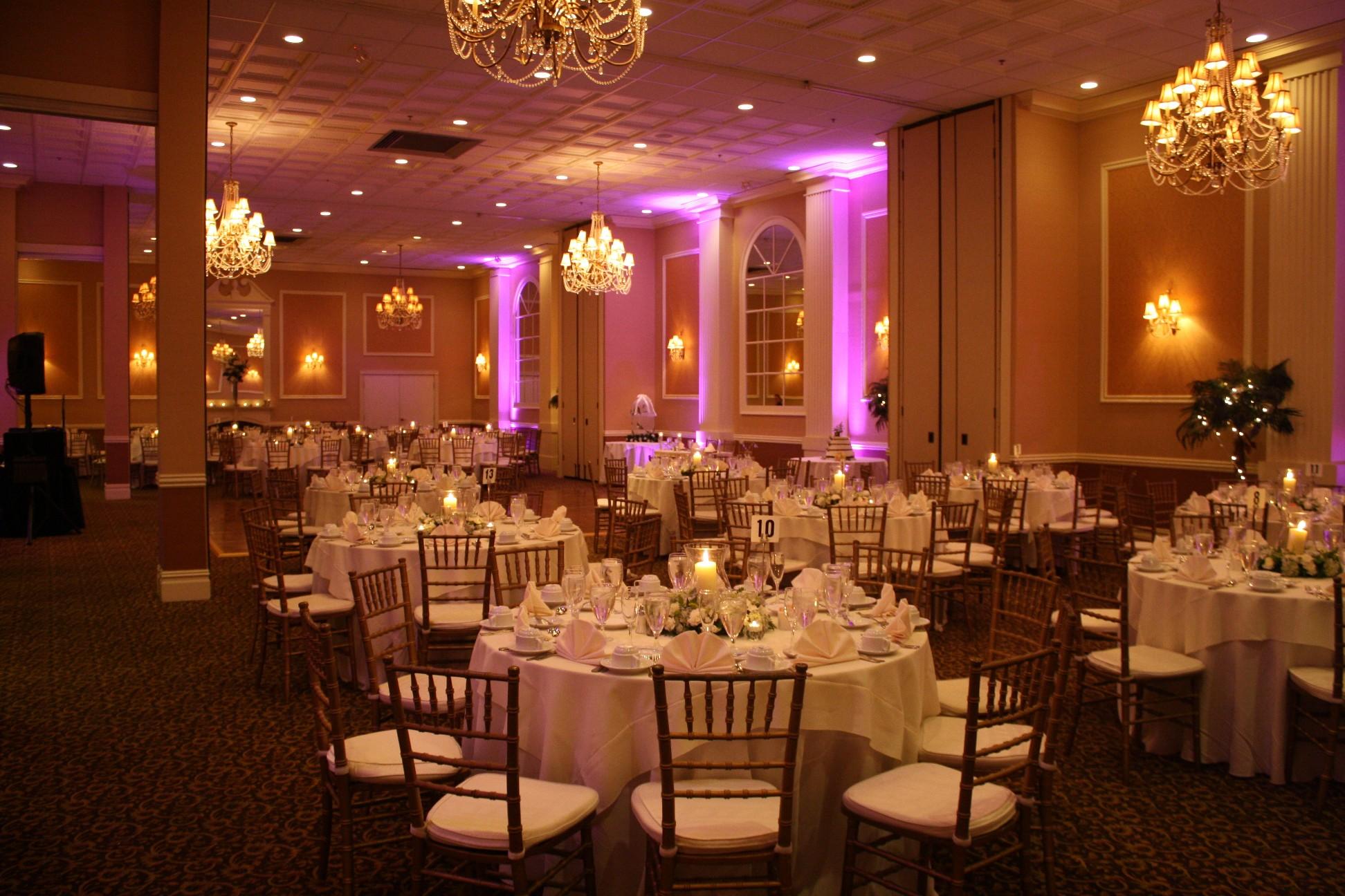 Maggio S Ballroom At Hampton Square Weddings Get Prices