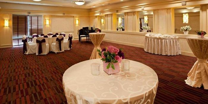 Holiday Inn Washington Dulles wedding venue picture 6 of 16 - Provided by: Holiday Inn Washington Dulles