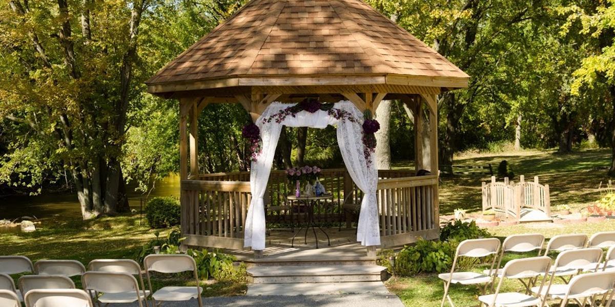 The hub at cedar creek weddings get prices for wedding for Cedar creek