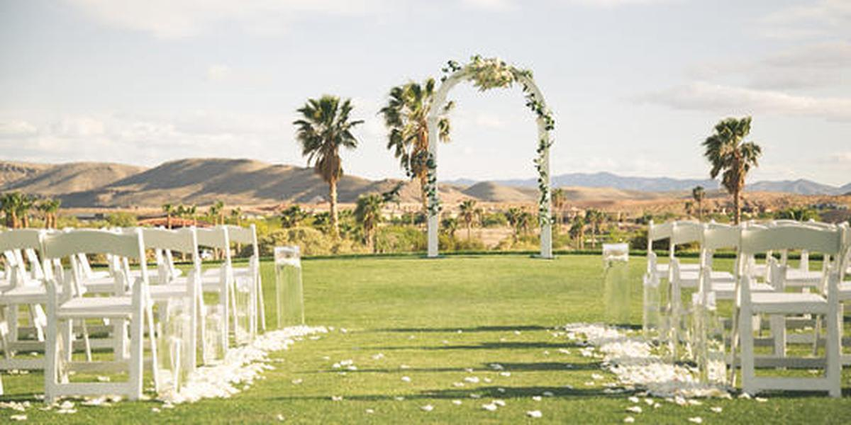 Bear39s best las vegas weddings get prices for wedding for Las vegas mansion wedding venues