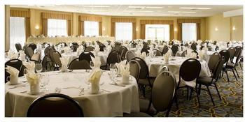 Hawthorn Suites weddings in Madison WI