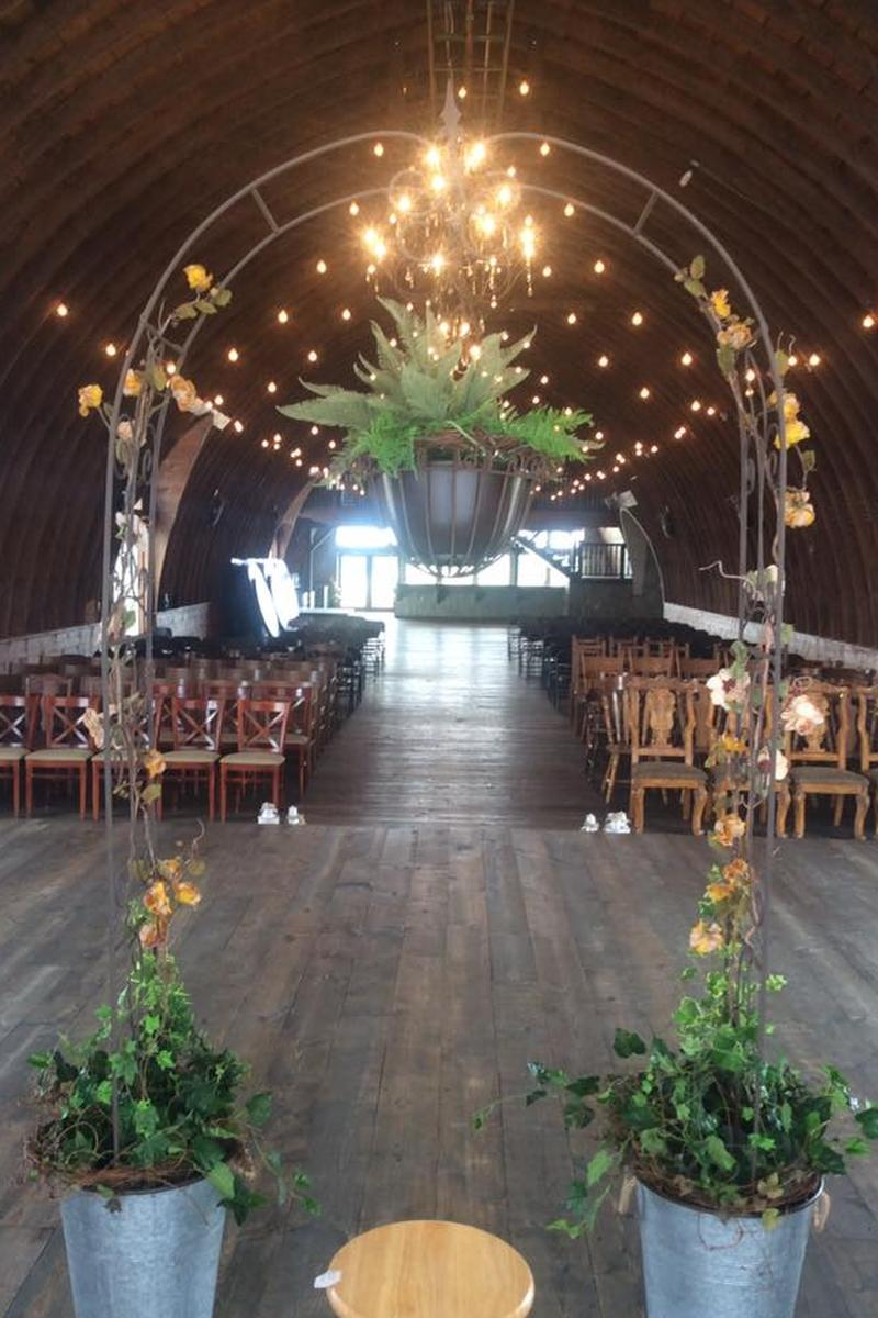 The Barn On Stoney Hill Weddings Get Prices For Wedding