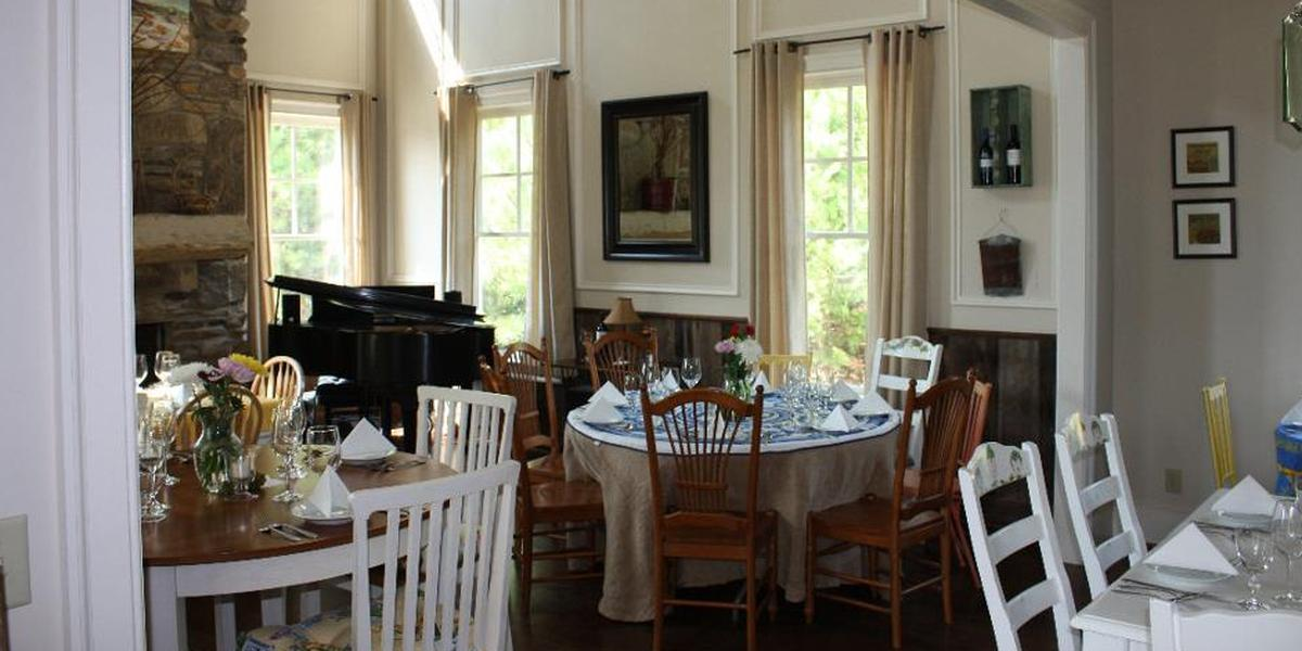 The Farm House at Persimmon Creek Weddings