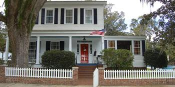 Open Gates Bed & Breakfast weddings in Darien GA