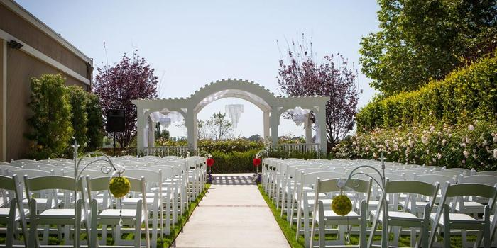 San Dimas Canyon Golf Course wedding venue picture 4 of 16 - Photo by: Pesiri Photography