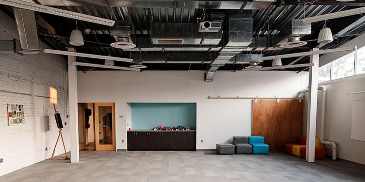 Duragal flooring system manual robert garcia for Living room icd 10