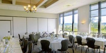 Useless Bay Golf & Country Club weddings in Langley WA