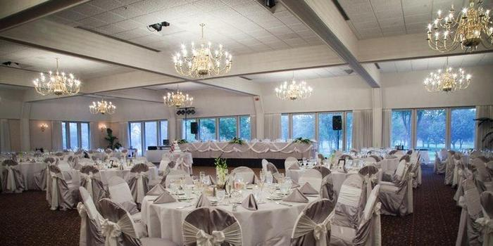 Highland Park Country Club wedding venue picture 1 of 8 - Photo by : George Street Photo & Video