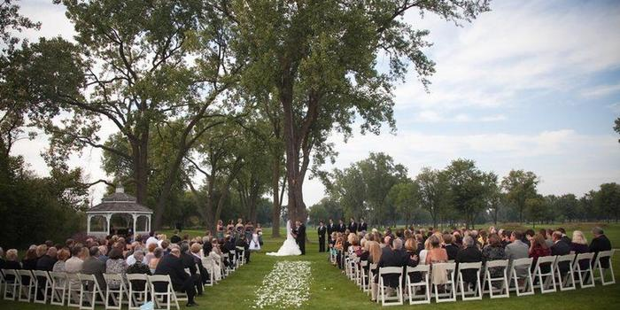 Highland Park Country Club wedding venue picture 3 of 8 - Photo by : George Street Photo & Video