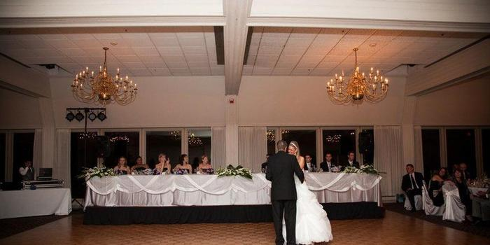 Highland Park Country Club wedding venue picture 6 of 8 - Photo by : George Street Photo & Video