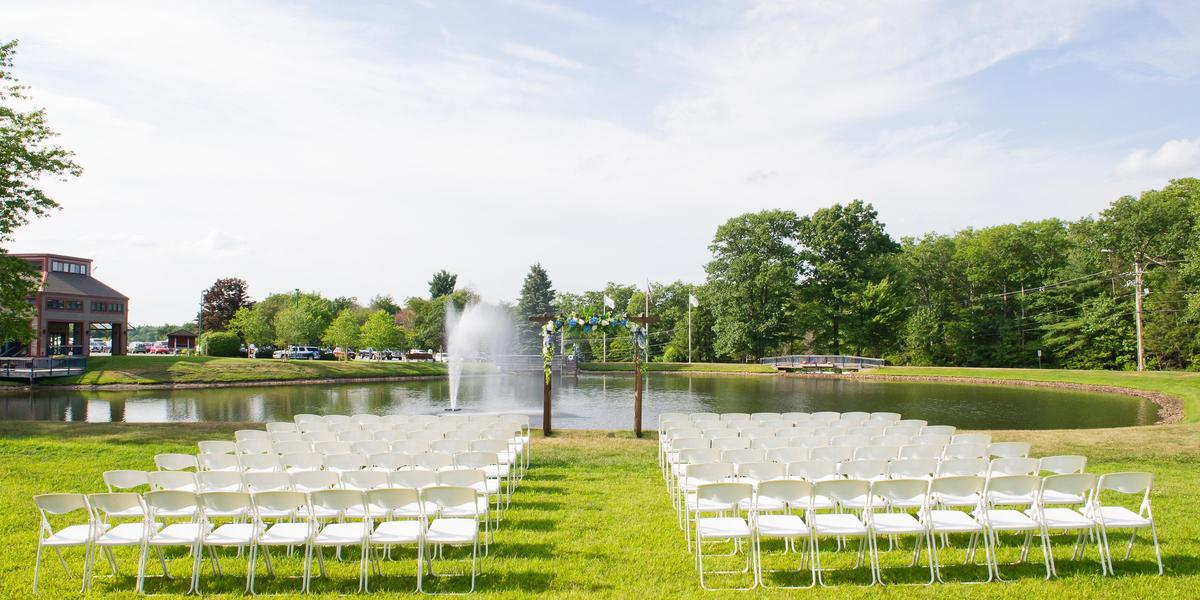 Wachusett mountain ski resort weddings get prices for for Outdoor wedding venues ma