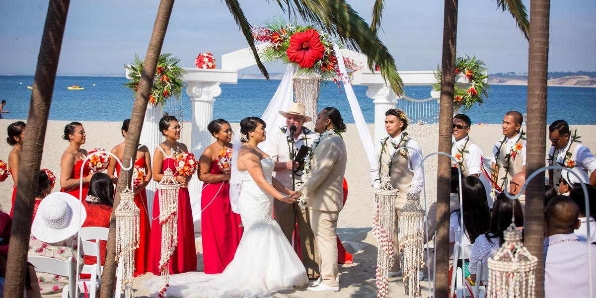 Monterey Beach House wedding Monterey CA 169017 orig.1493324522 - best beach wedding venues in california