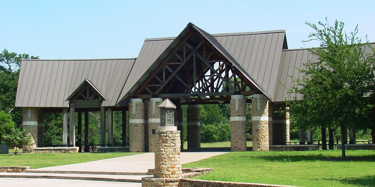 River Legacy Park Weddings Get Prices For Wedding Venues